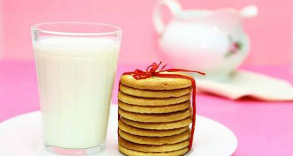 La colazione delle famiglie: le buoni abitudini dipendono dai genitori. La ricerca