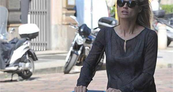 Michelle Hunziker presto mamma tris sceglie il passeggino CYBEX by Jeremy Scott