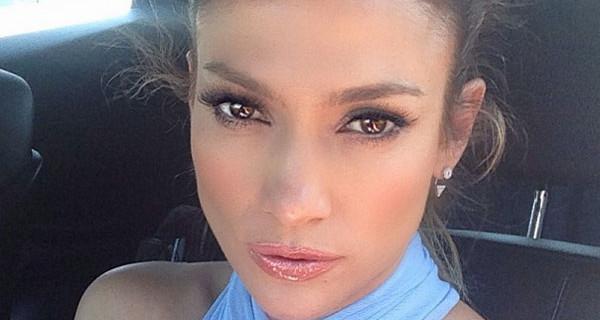 "Incidente d'auto per Jennifer Lopez: ""Ho avuto paura per i miei bambini"""