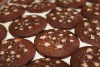 Ricetta dei Pan Di Stelle, i biscotti fatti in casa preferiti dai bambini