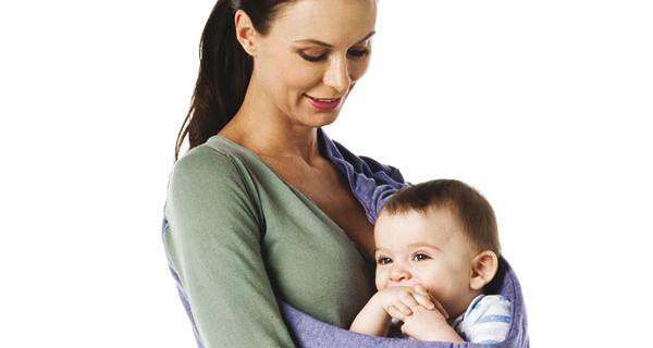 BabySling: la nuova fascia monspalla per neonati calda come un abbraccio