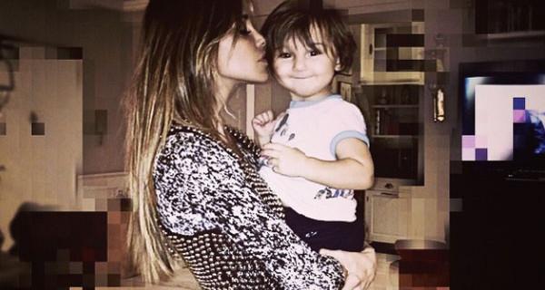 """Intervista a Belen Rodriguez: """"Non posso neanche andare al parco con mio figlio Santiago"""""""