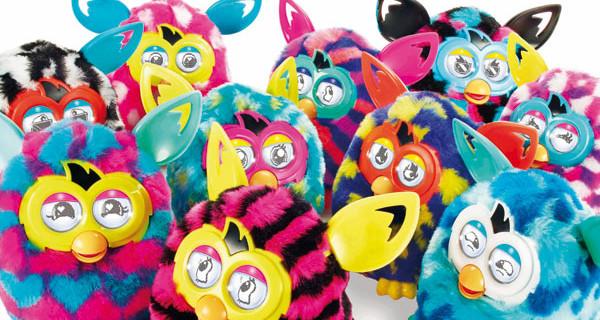 Furby è ancora più tecnologico e colorato: arriva Furby Boom