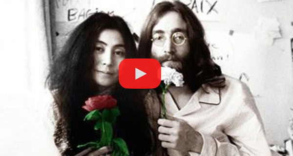 """Una Canzone di Natale al giorno, """"Happy Xmas (War is Over)"""" di John Lennon e Yoko Ono. Video, Testo e Traduzione"""