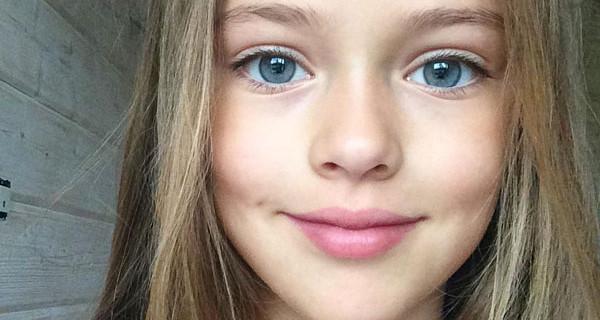Kristina Pimenova è la bambina più bella del mondo: la sua carriera sta facendo discutere