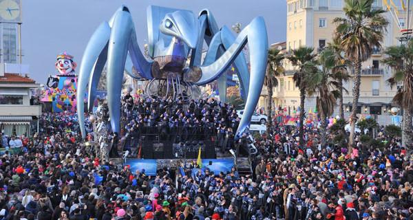 Carnevale di Viareggio 2015: un evento per tutta la famiglia. Programma e orari