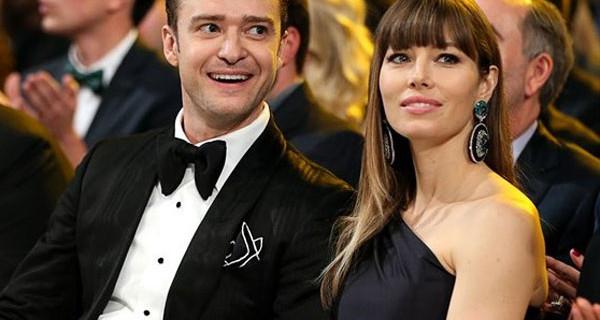 Justin Timberlake e Jessica Biel presto saranno genitori! Su Instagram il sefie del pancione