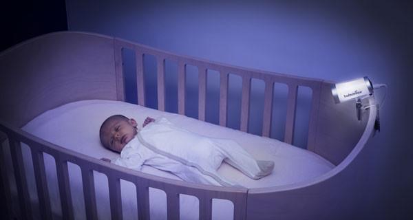 Genitori più sicuri con il baby monitor video che non rilascia onde elettromagnetiche