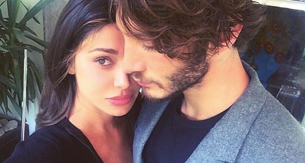 """Belen Rodriguez e Stefano De Martino si sono lasciati, i motivi del loro addio: """"Quando è nato Santiago.."""""""