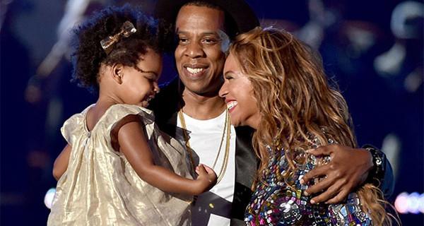 Beyoncè e Jay-Z genitori troppo apprensivi? Blue Ivy all'asilo con cinque guardie del corpo