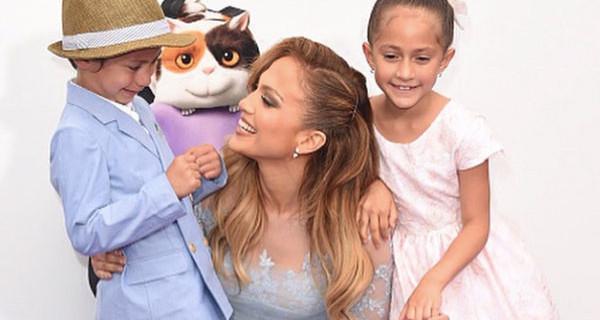 """Jennifer Lopez: """"Sono mamma di due gemelli e non sarò mai sola"""""""