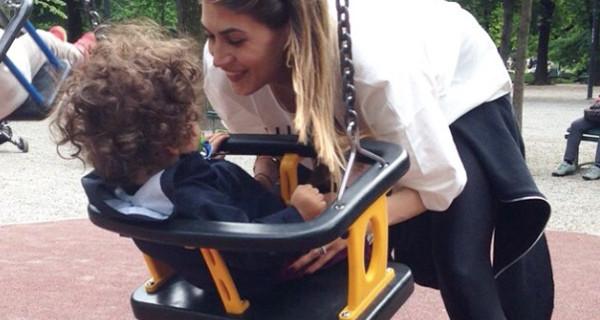 """Melissa Satta parla della sua nuova vita da mamma: """"Pensavo che sarebbe stato molto peggio"""""""