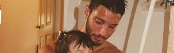 Una delle foto più belle di Stefano De Martino e Santiago: tutto l'amore di un padre per il suo bimbo