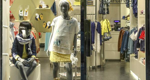 Expo Milano e moda bambini: le vetrine di Sarabanda dedicate alle api