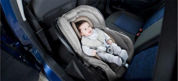 Babymoov presenta i riduttori per seggiolini auto e passeggini dei bambini