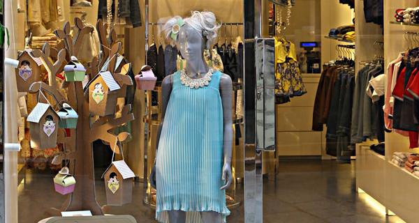 Negozi a Milano per bambini: la vetrina del flagship store di Sarabanda