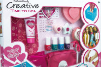 Piccole donne con Creative Time to Spa, il trattamento di bellezza a prova di bambina