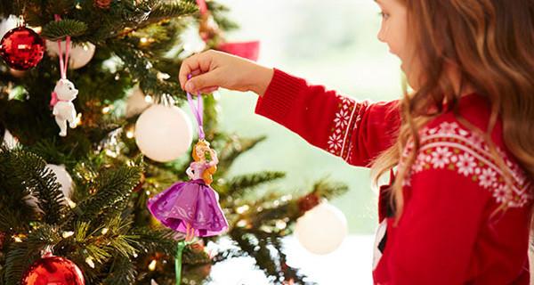 """Disney a Natale: l'iniziativa benefica """"Dalla nostra famiglia alla tua"""""""