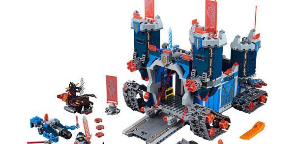 LEGO lancia Nexo Knights, la nuova storia medievale creata con i famosi mattoncini