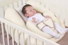 Egonest, il piano inclinato reversibile per impedire il reflusso nei neonati