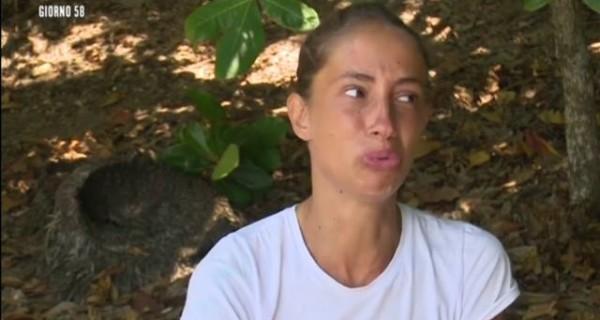 Isola dei Famosi 2017 la confessione di Malena e il pianto disperato