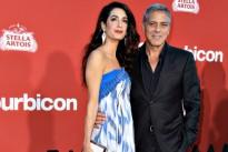 """George Clooney e Amal Alamuddin innamoratissimi a Los Angeles per """"Suburbicon"""""""