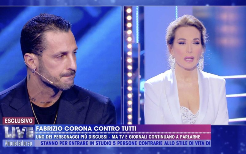 """Barbara D'Urso a Fabrizio Corona:""""Proteggi tuo figlio e non attaccare i figli degli altri"""""""