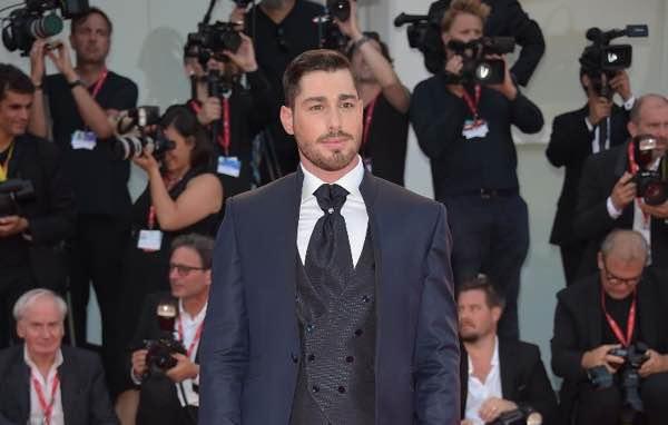 Luca Vizel red carpet Venezia 2019 look del fidanzato di Valentina Ferragni