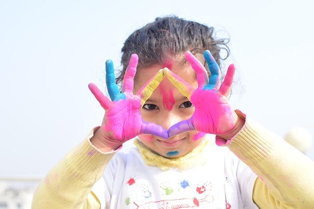 I colori da evitare nel guardaroba di un bambino